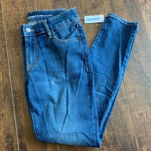 NWT Old Navy super skinny mid-rise size 4